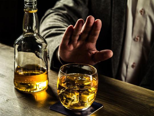 7 lời khuyên dành cho người muốn bỏ rượu bia